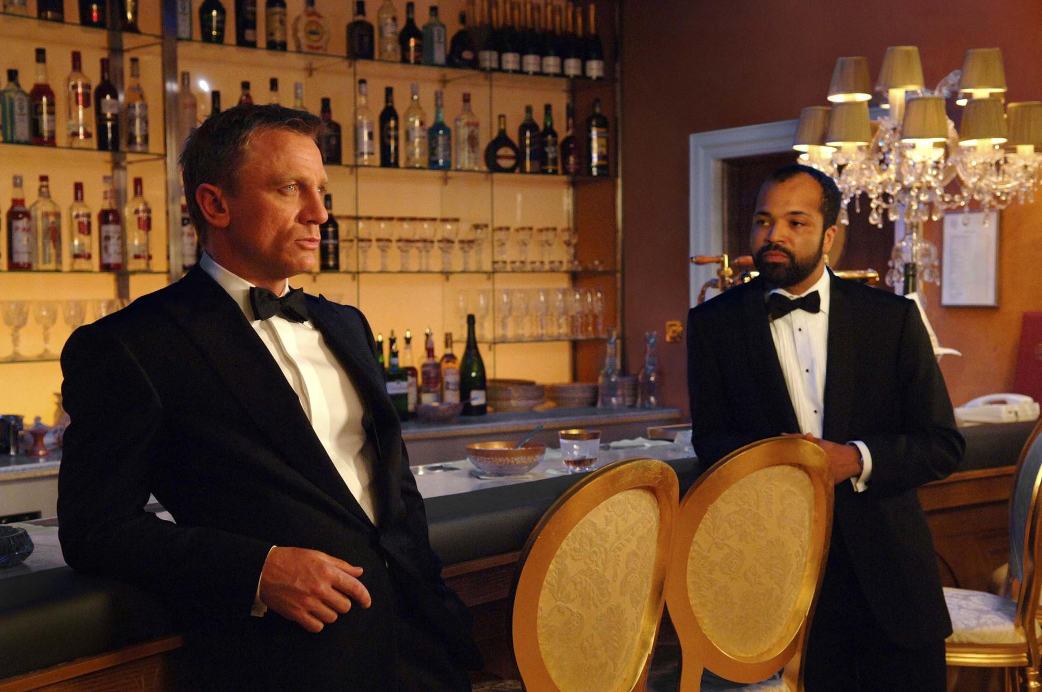still-of-daniel-craig-and-jeffrey-wright-in-casino-royale-(2006)-large-picture